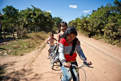 Kinder-Kambodscha-BeeBob-Hilsprojekt026